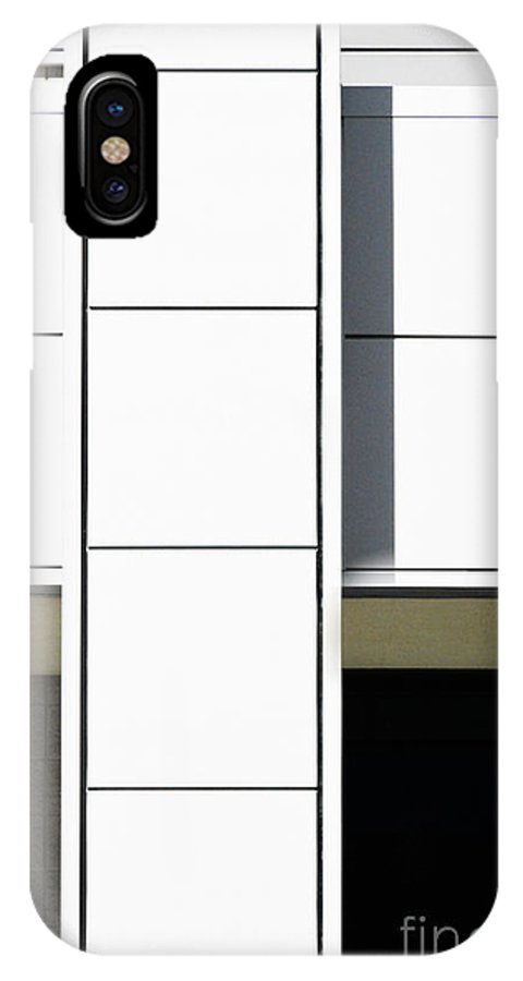 Las Vegas Convention Center IPhone X Case featuring the photograph Las Vegas Convention Center II 2015 by Thomas Carroll