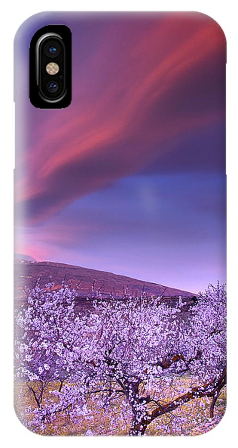 Clouds IPhone X Case featuring the photograph Lenticular Clouds Over Sierra Nevada by Guido Montanes Castillo
