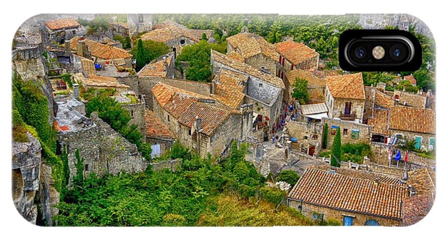 Les Baux IPhone X Case featuring the photograph Les Baux De Provence France Dsc01915 by Greg Kluempers