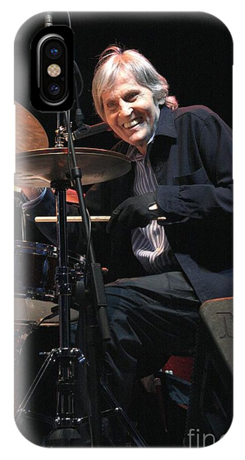70th Birthday IPhone X Case featuring the photograph Levon Helm And His All Star Band by Concert Photos