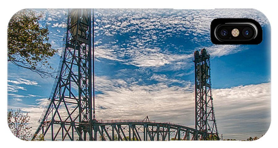 Guy Whiteley Photography IPhone X Case featuring the photograph Lift Bridge 3d21789 by Guy Whiteley