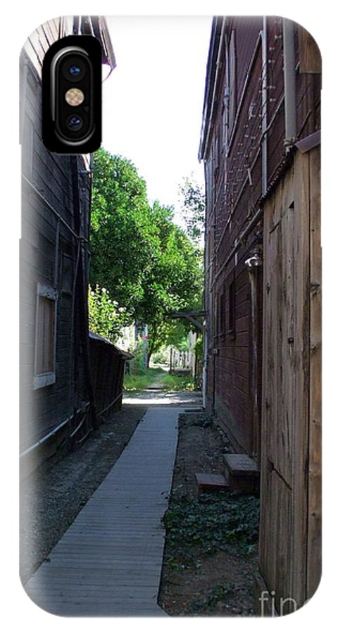 Alleyways IPhone X Case featuring the photograph Locke Chinatown Series - Alleyway With Trees - 4 by Mary Deal