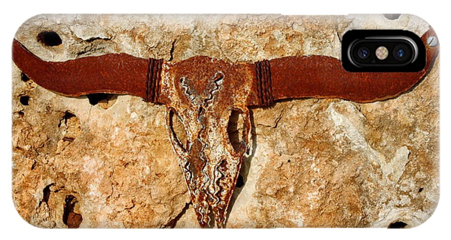 Longhorn IPhone X Case featuring the photograph Longhorn On The Rock by Terry Fleckney
