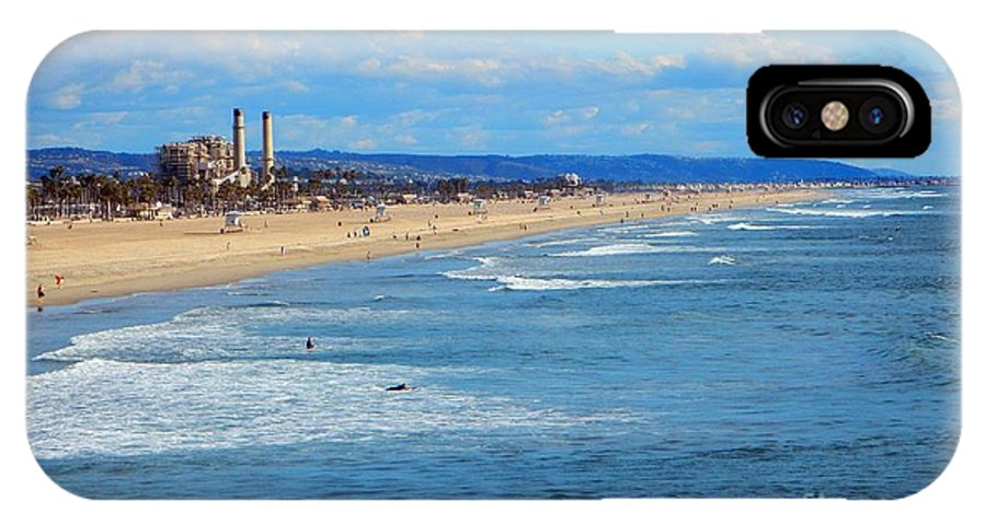 Huntington Beach IPhone X Case featuring the photograph Looking South by Everette McMahan jr