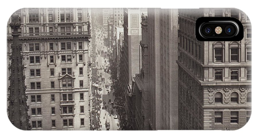 1917 IPhone X Case featuring the photograph Looking Up Broadway In Nyc by Underwood Archives