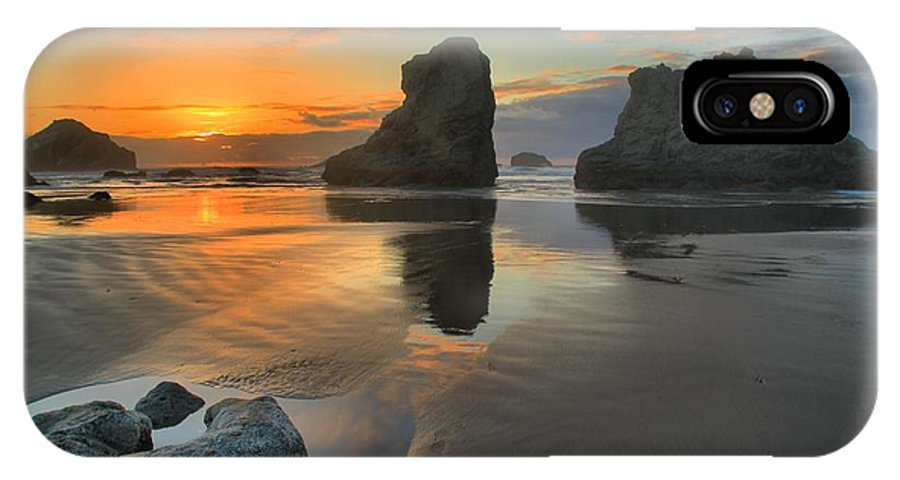 Bandon Beach IPhone X Case featuring the photograph Low Tide Giants by Adam Jewell