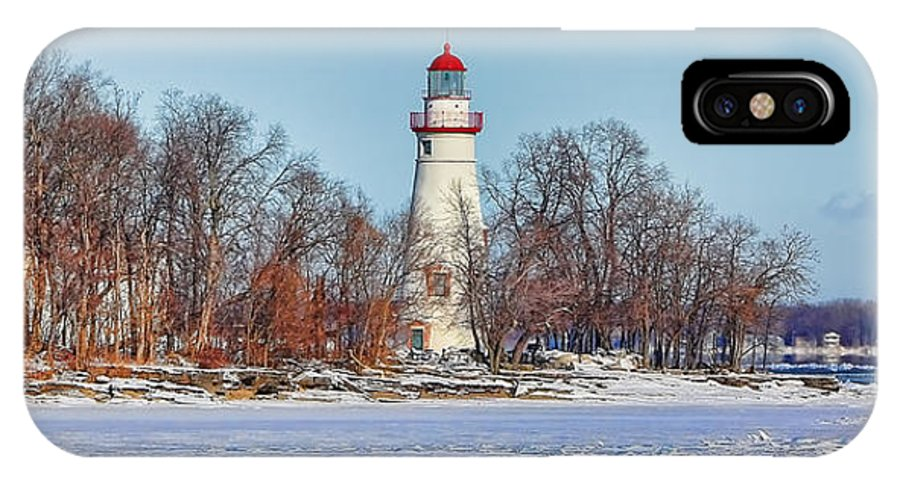 Marblehead Lighthouse IPhone X Case featuring the photograph Marblehead Lighthouse In Winter by Jack Schultz