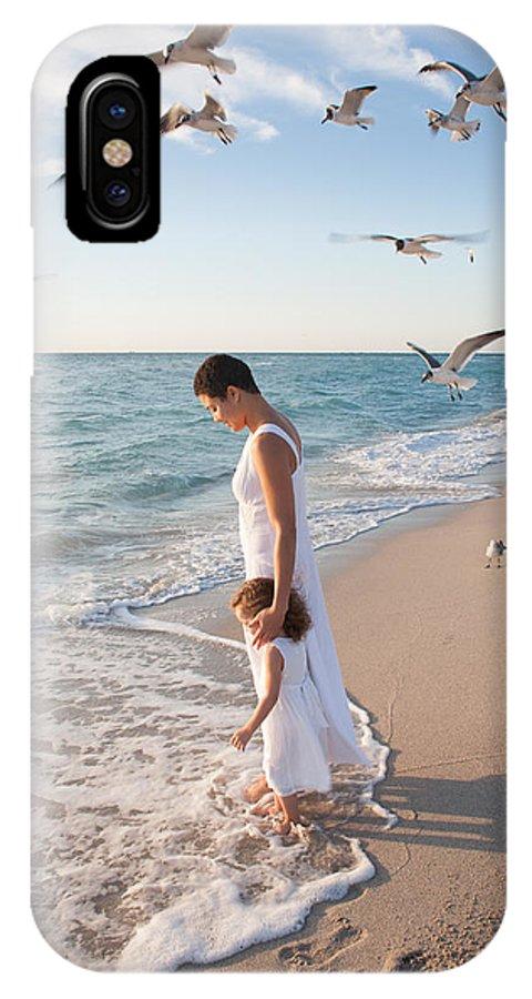 Bonding IPhone X Case featuring the photograph Maternal Bonds by Matthew Pace