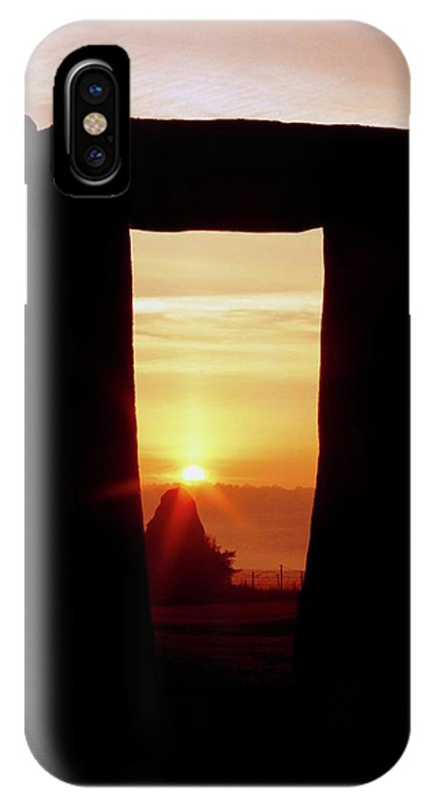 Stonehenge IPhone X Case featuring the photograph Midsummer Sunrise At Stonehenge by Robin Scagell/science Photo Library