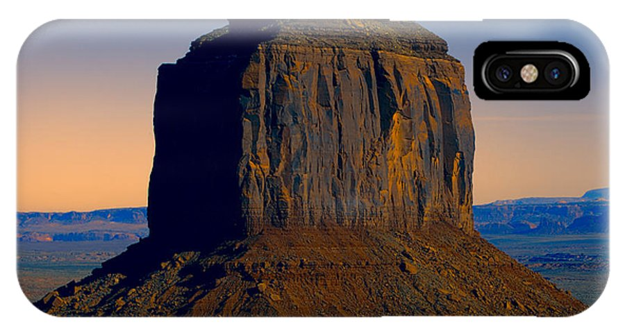 Monument Valley IPhone X Case featuring the photograph Monument Valley -utah V14 by Douglas Barnard