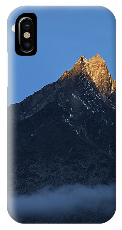 Vertical IPhone X Case featuring the photograph Moonset And Alpenglow Over A Snow Peak by Jeff Dai