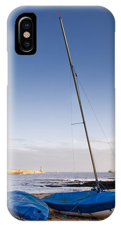 Beacon IPhone X Case featuring the photograph Mouth Of The River Tyne by David Head