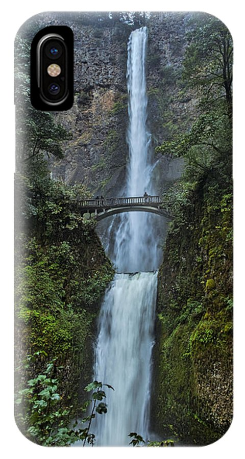 Multnomah Falls IPhone X Case featuring the photograph Multnomah Falls by Diana Powell