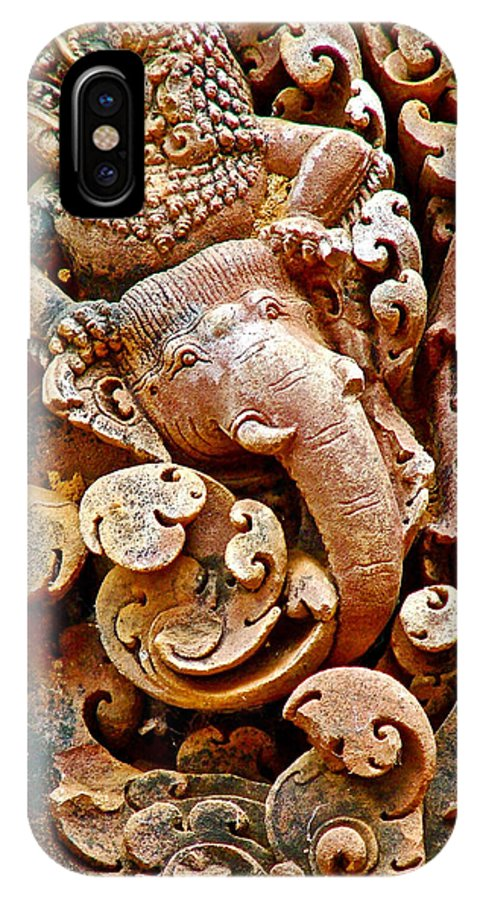 Narasimba Elephant Incarnation Of Vishnu At Bantheay Srei In Angkor Wat Archeologial Park Near Siem Reap IPhone X / XS Case featuring the photograph Narasimba Elephant Incarnation Of Vishnu At Bantheay Srei In Angkor Wat Archeologial Park-cambodia by Ruth Hager