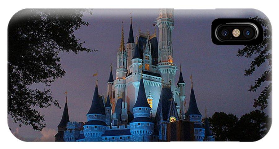 Disney World Florida IPhone X Case featuring the photograph Night Illuminates Cinderella Castle by Lingfai Leung
