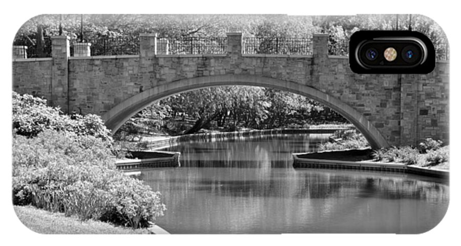 Norfolk Botanical Gardens IPhone X / XS Case featuring the photograph Norfolk Botanical Gardens Bw by MCM Photography