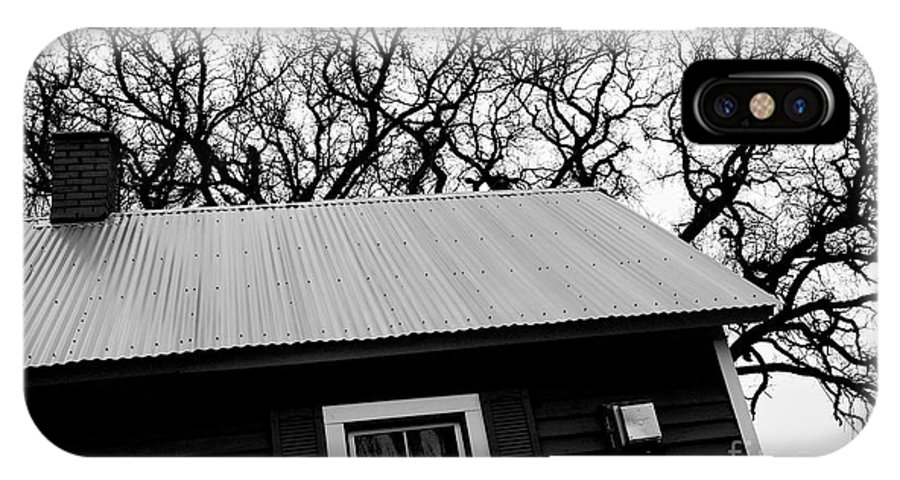 Oaks IPhone X Case featuring the photograph Oak Tree Farm House by Chad Bennett
