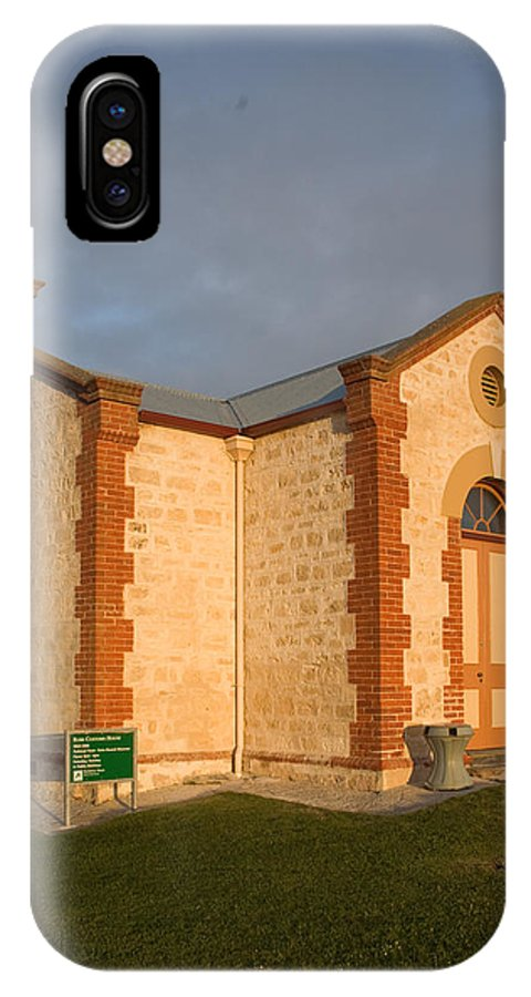Heritage IPhone X Case featuring the photograph Old Customs House by Gordon Grimwade