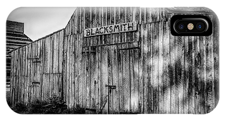 Blacksmith Shop IPhone X Case featuring the photograph Old Fort Wayne Blacksmith Shop by Gene Sherrill