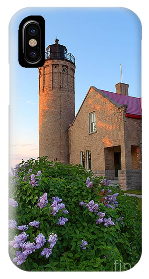 Old Mackinac Point IPhone X Case featuring the photograph Old Point Mackinac Lighthouse And Lilacs by Craig Sterken