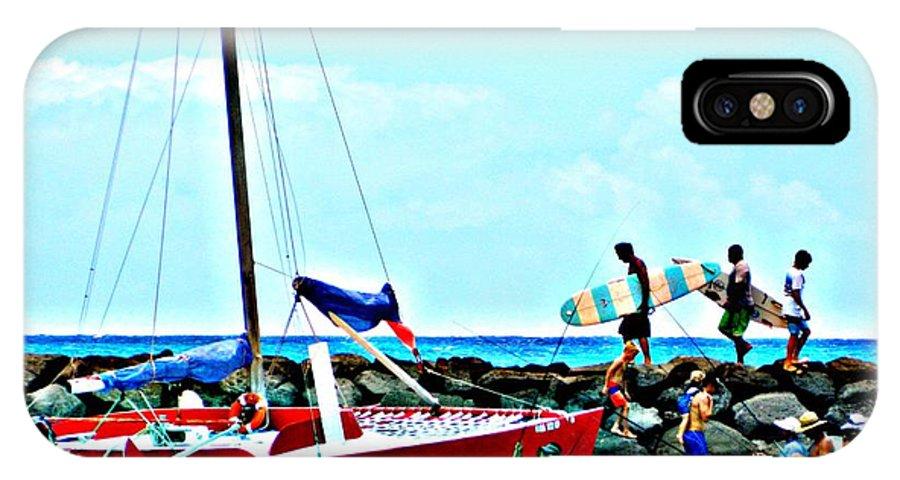 Surfer IPhone X / XS Case featuring the photograph Onlookers Delight by Jennifer Boisvert