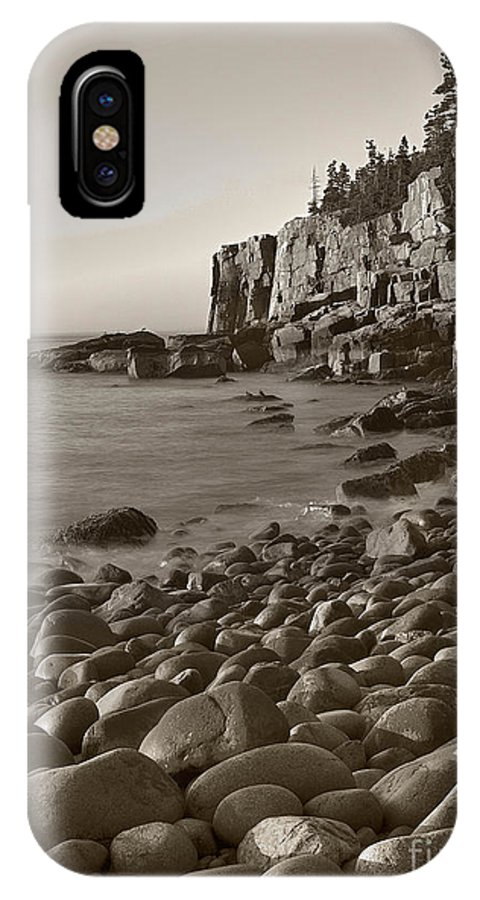 Otter Cliffs IPhone X Case featuring the photograph Otter Cliffs Black And White by Jerry Fornarotto