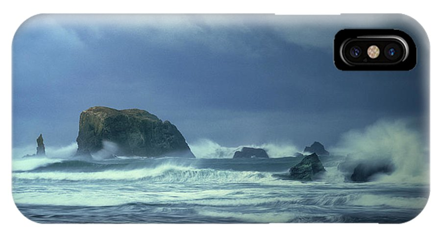 Dave Welling IPhone X Case featuring the photograph Pacific Storm Bandon Beach Oregon by Dave Welling