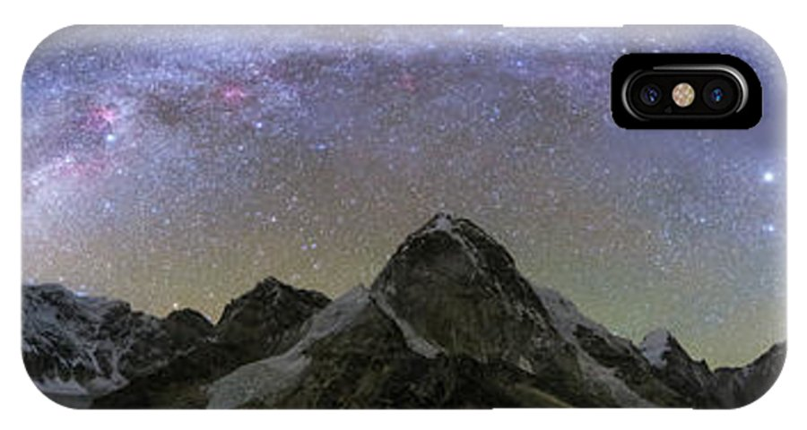 Horizontal IPhone X Case featuring the photograph Panoramic View Of Mt. Everest, Khumbu by Jeff Dai
