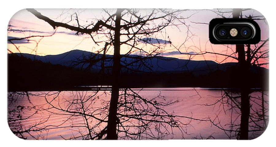 Paradox Lake IPhone X Case featuring the photograph Paradox Lake Sunset II by Brian Lucia