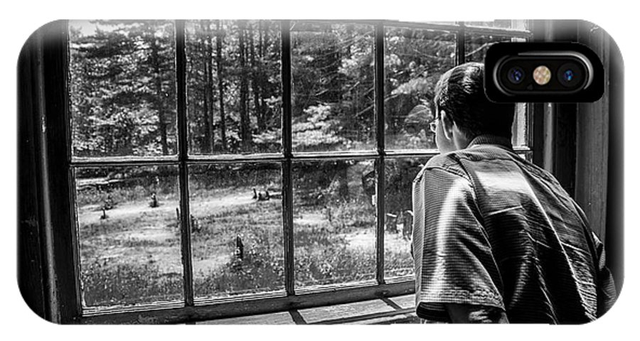 Window IPhone X Case featuring the photograph Peering Out The Window Bw by Karol Livote