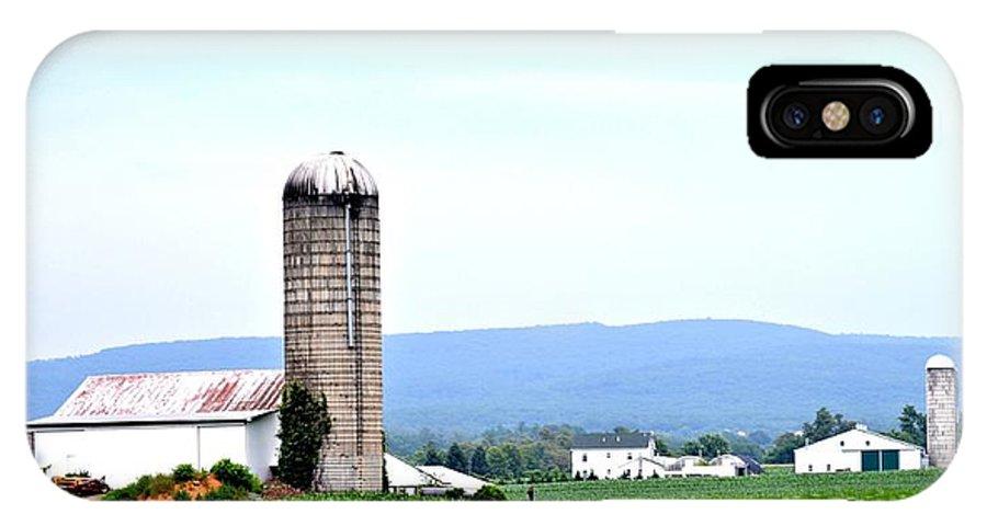 Pennsylvania IPhone X Case featuring the photograph Pennsylvania Farms by Tara Potts