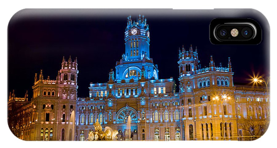 Madrid IPhone X Case featuring the photograph Plaza De Cibeles At Night In Madrid by Artur Bogacki