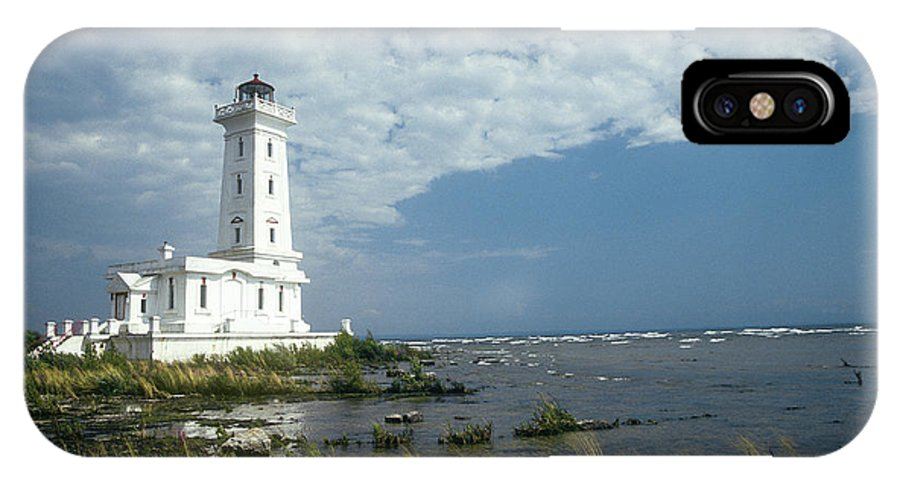 Architecture IPhone X Case featuring the photograph Point Abino Lighthouse by Jim Wallace