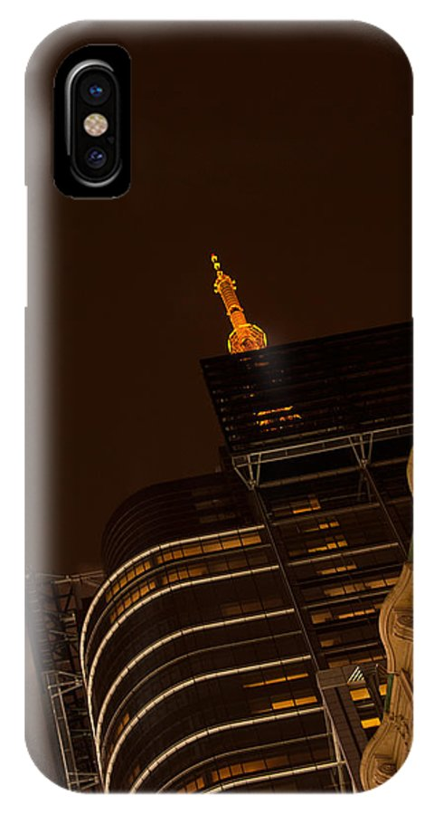 """""""new York City"""" IPhone X Case featuring the photograph Pointing Towards Heaven by Paul Mangold"""