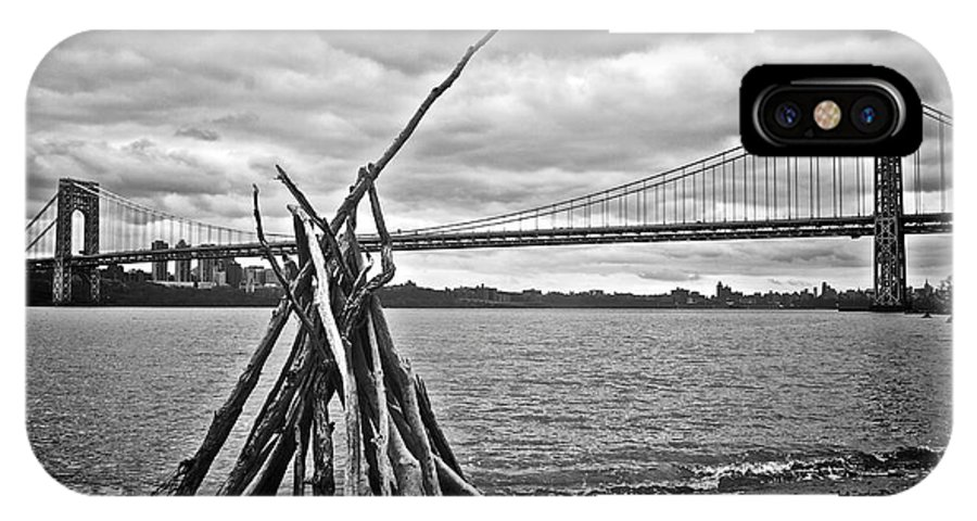 George Washington Bridge IPhone X Case featuring the photograph Pyre At The Bridge by Mark Miller