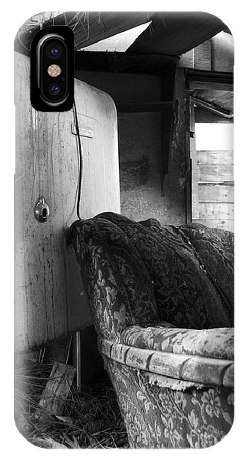 Phil Dionne Photography IPhone X Case featuring the photograph Ranchers House Black And White II by Phil Dionne
