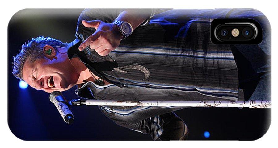Lead Singer IPhone X Case featuring the photograph Rascal Flatts - Gary Levox by Concert Photos
