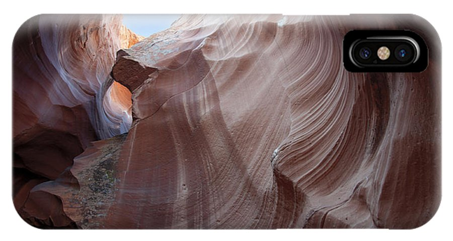 Antelope Canyon IPhone X Case featuring the photograph Reach For The Sky by Brenda Kean