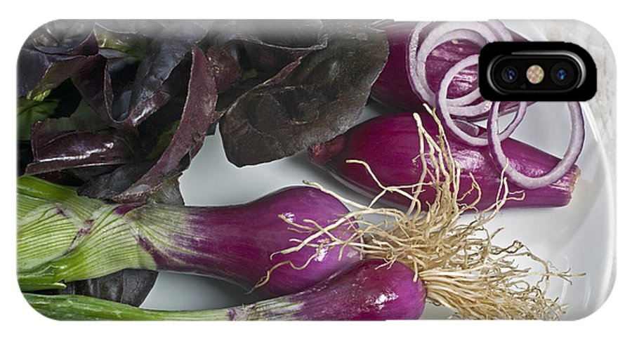 Salad IPhone X Case featuring the photograph Red Onions And Salade by Enrico Mariotti