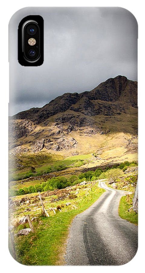 Road IPhone X Case featuring the photograph Road To The Black Valley by Mark Callanan