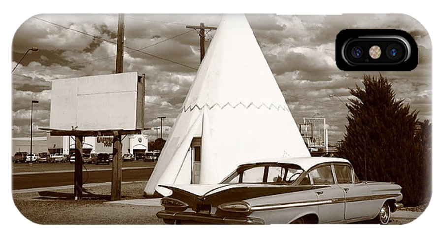 66 IPhone X Case featuring the photograph Route 66 - Wigwam Motel 15 by Frank Romeo