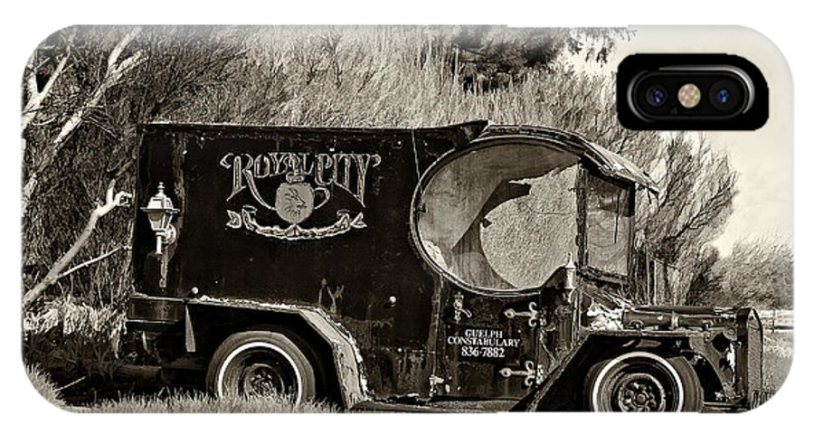 Paddy Wagon IPhone X Case featuring the photograph Royal City Paddy Wagon Sepia by Steve Harrington