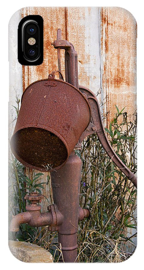 Schulenburg Texas Water Pump Pumps Rusted Bucket Buckets Texture IPhone X Case featuring the photograph Rusted And Out Of Use by Bob Phillips