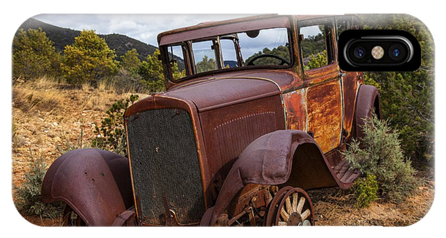 Rusty Car IPhone X Case featuring the photograph Rusted Respite by Diana Powell