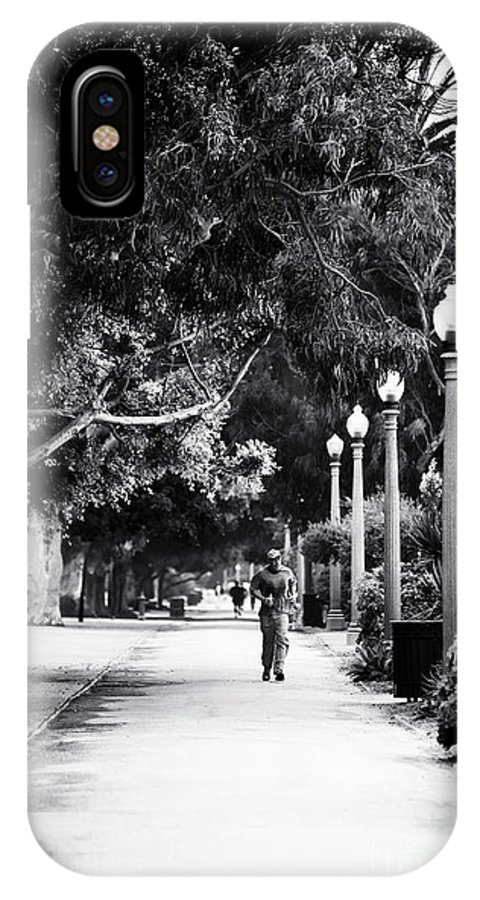 Santa Monica Jogging IPhone X Case featuring the photograph Santa Monica Jogging by John Rizzuto
