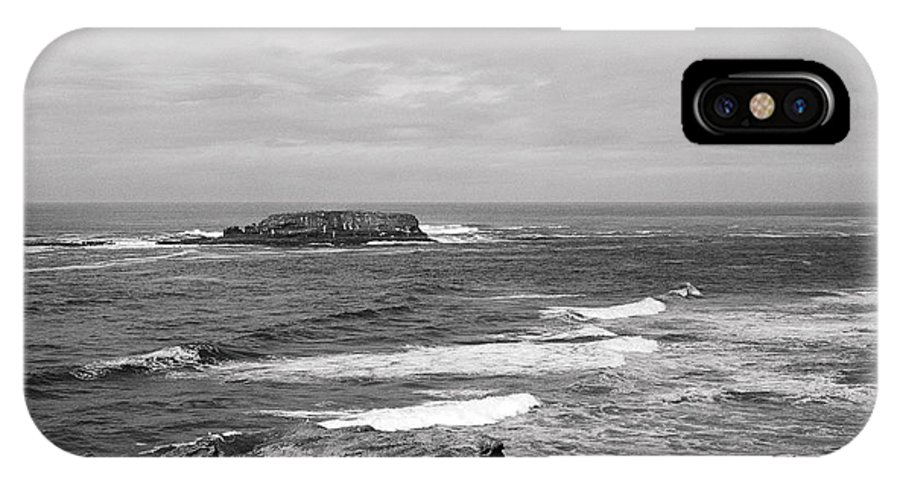 Seascape IPhone X Case featuring the photograph Seaside Bluff Bw by Earl Johnson