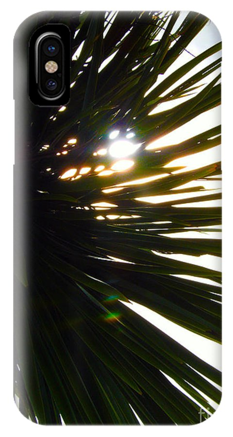 Cabbage Tree IPhone X Case featuring the painting Sharp Light by Gee Lyon