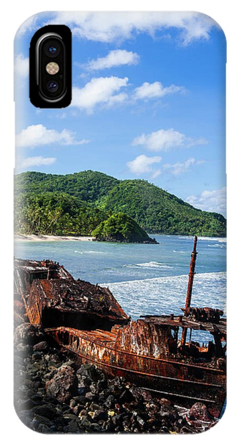 Shipwreck On The East Coast Of Tutuila IPhone X Case