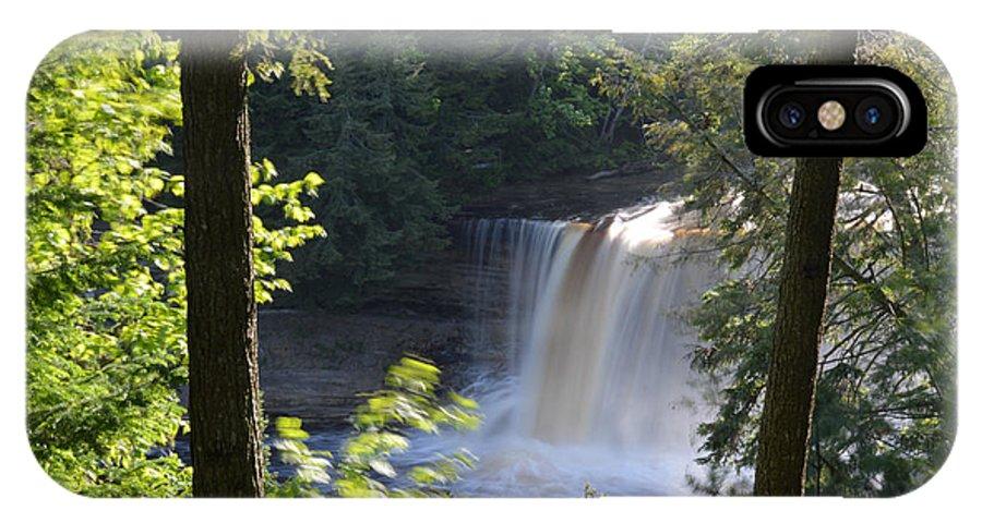 Tahquamenon Falls IPhone X / XS Case featuring the photograph Slow It Down by Linda Kerkau
