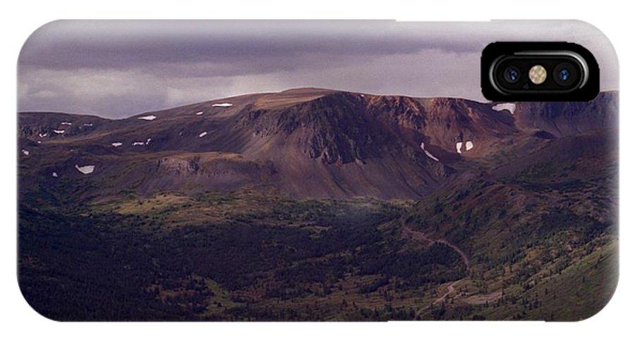 Plateau IPhone X Case featuring the photograph Spatzizzi Plateau by Vivian Martin